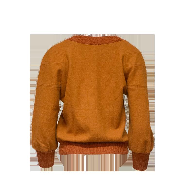 Oranssi paita