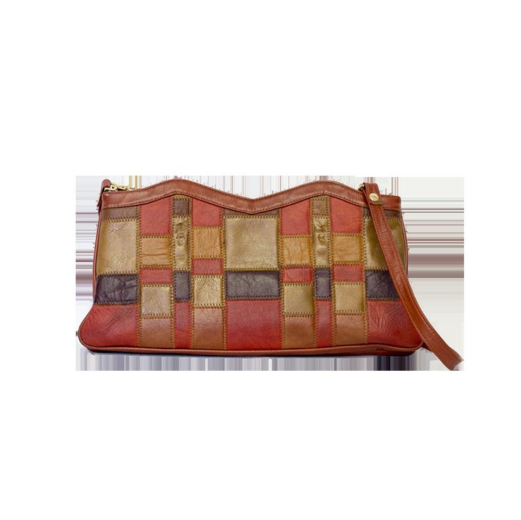 punaruskea laukku