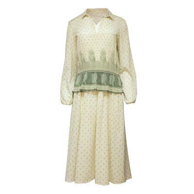 Vaalea mekko