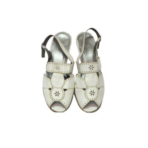 ara sandaalit