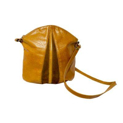 konjakinruskea laukku