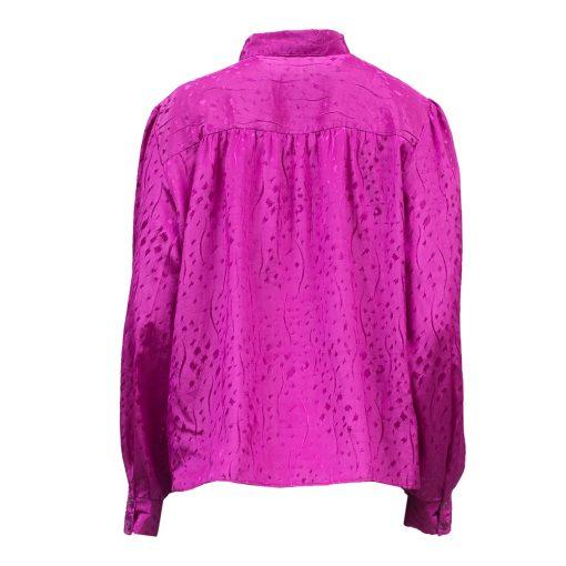 pinkki pusero