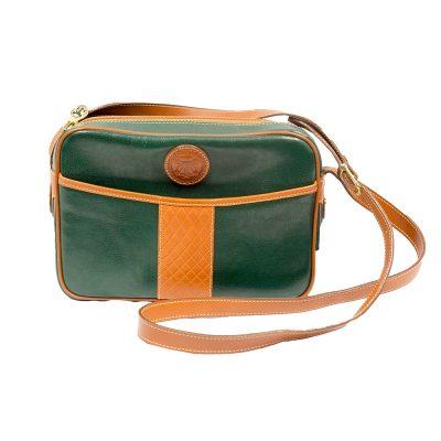 vihreä laukku