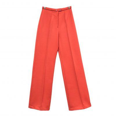 punaiset housut