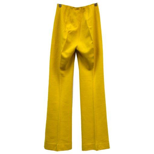 keltaiset housut