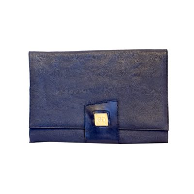 sininen kirjekuorilaukku