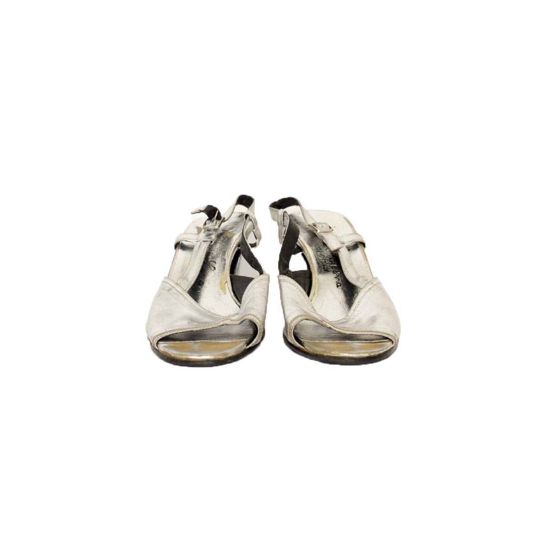 Enzo Di Siena, italialaiset hopeat nahkasandaletit - 4