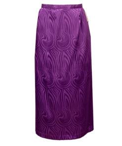 violetti hame